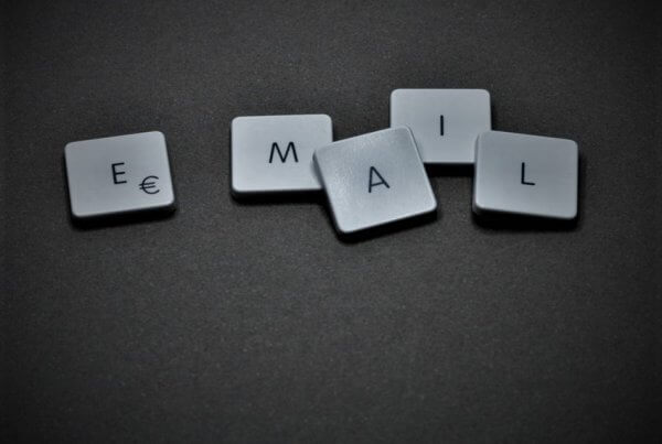 Email Industry News by EmailOut.com - free email marketing software