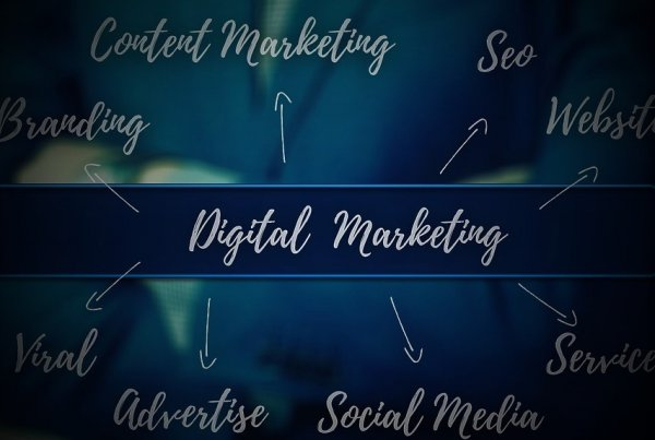 Digital Marketing News: Updates From The Digital Marketing Universe | EmailOut.com - free email marketing software