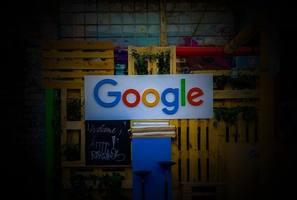 Google Will Apply Mobile-First Indexing To All Websites Within A Year   EmailOut.com - free email marketing software