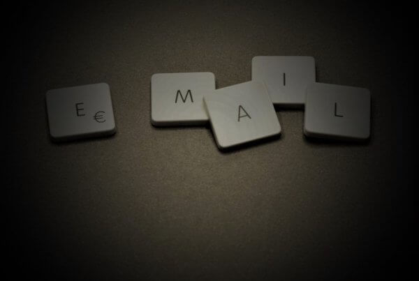 Best Time To Send Emails: Is There Such A Thing As 'Perfect Timing'? | EmailOut.com - free email marketing software
