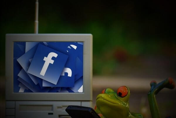 New Facebook Video Option   EmailOut.com - free email marketing software