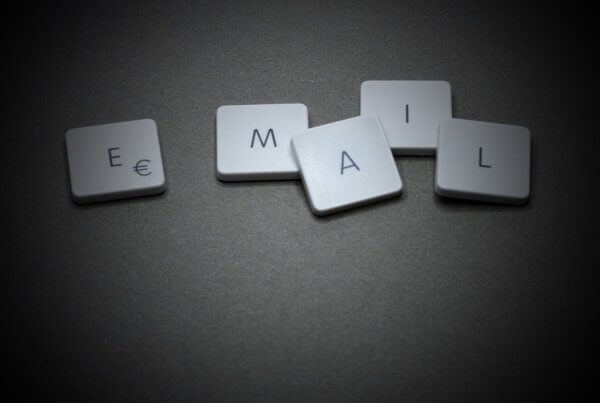 B2B Email Marketing: Stats and Examples | EmailOut.com - free email marketing software