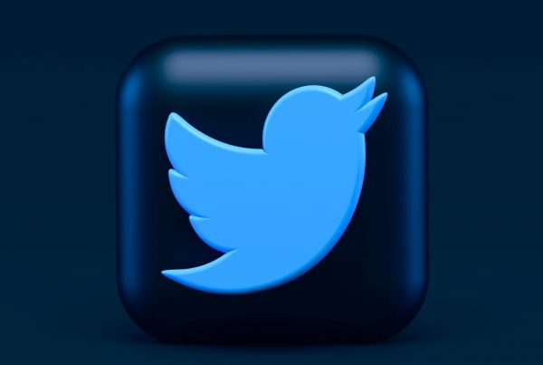 Social Media News: Twitter & Fleets Ads | EmailOut.com